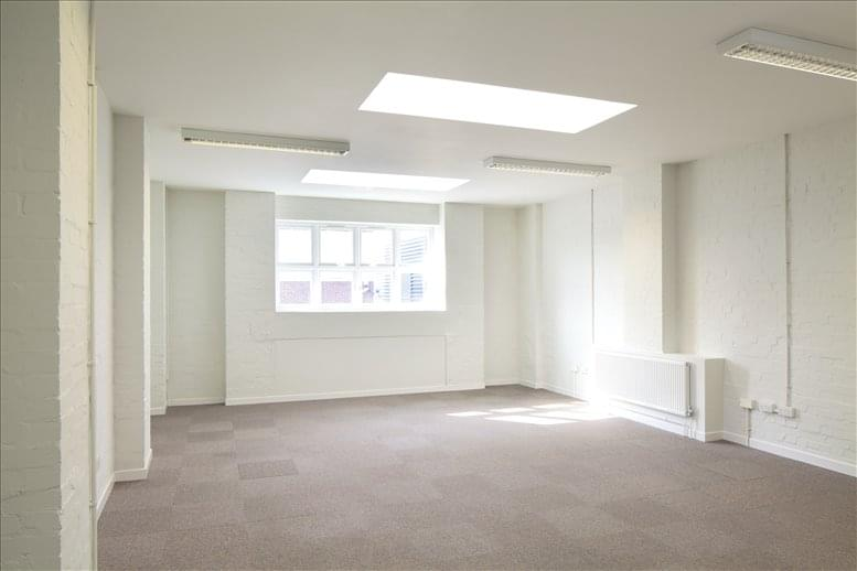 Earlsfield Office Space for Rent on Earlsfield Business Centre, 9 Lydden Road