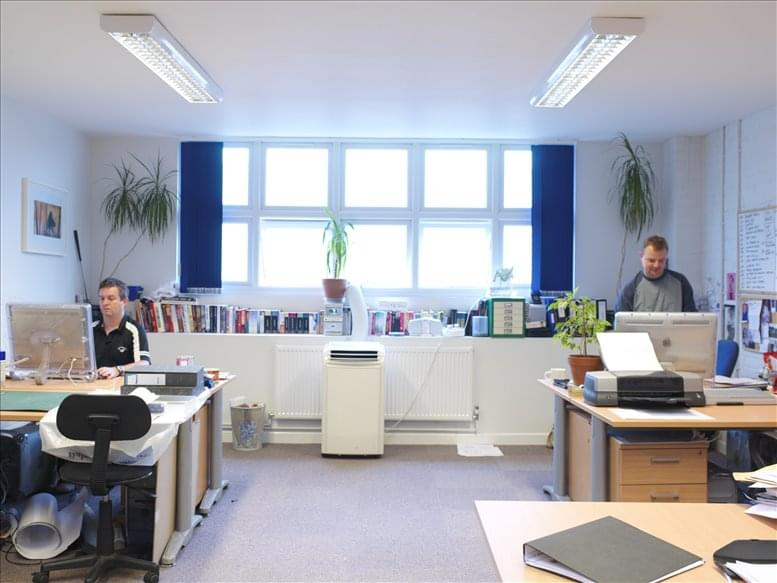 Rent Earlsfield Office Space on Earlsfield Business Centre, 9 Lydden Road