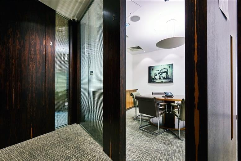 Rent St Pauls Office Space on 6 Snow Hill, Farringdon