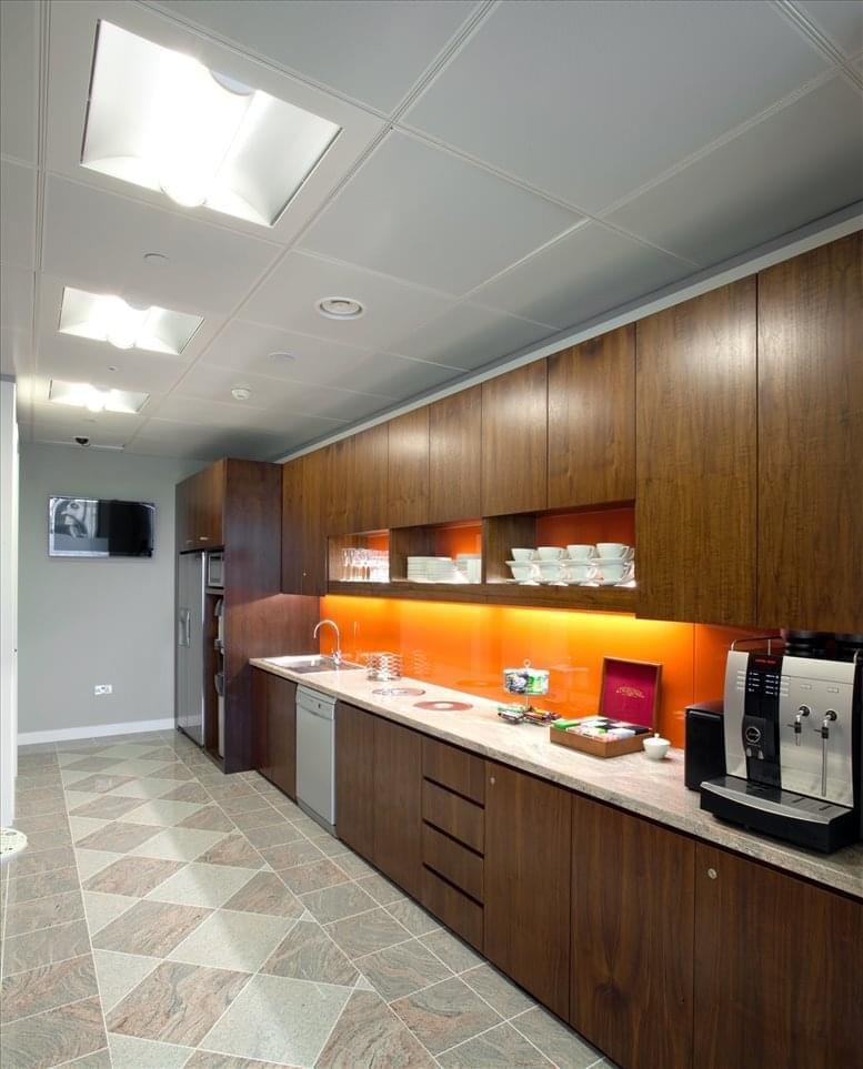 Canary Wharf Office Space for Rent on 40 Bank Street, 18th Fl, Heron Quays