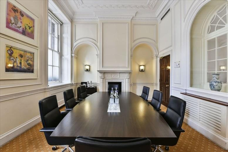Office for Rent on 33 St James's Square, West End St James's Park