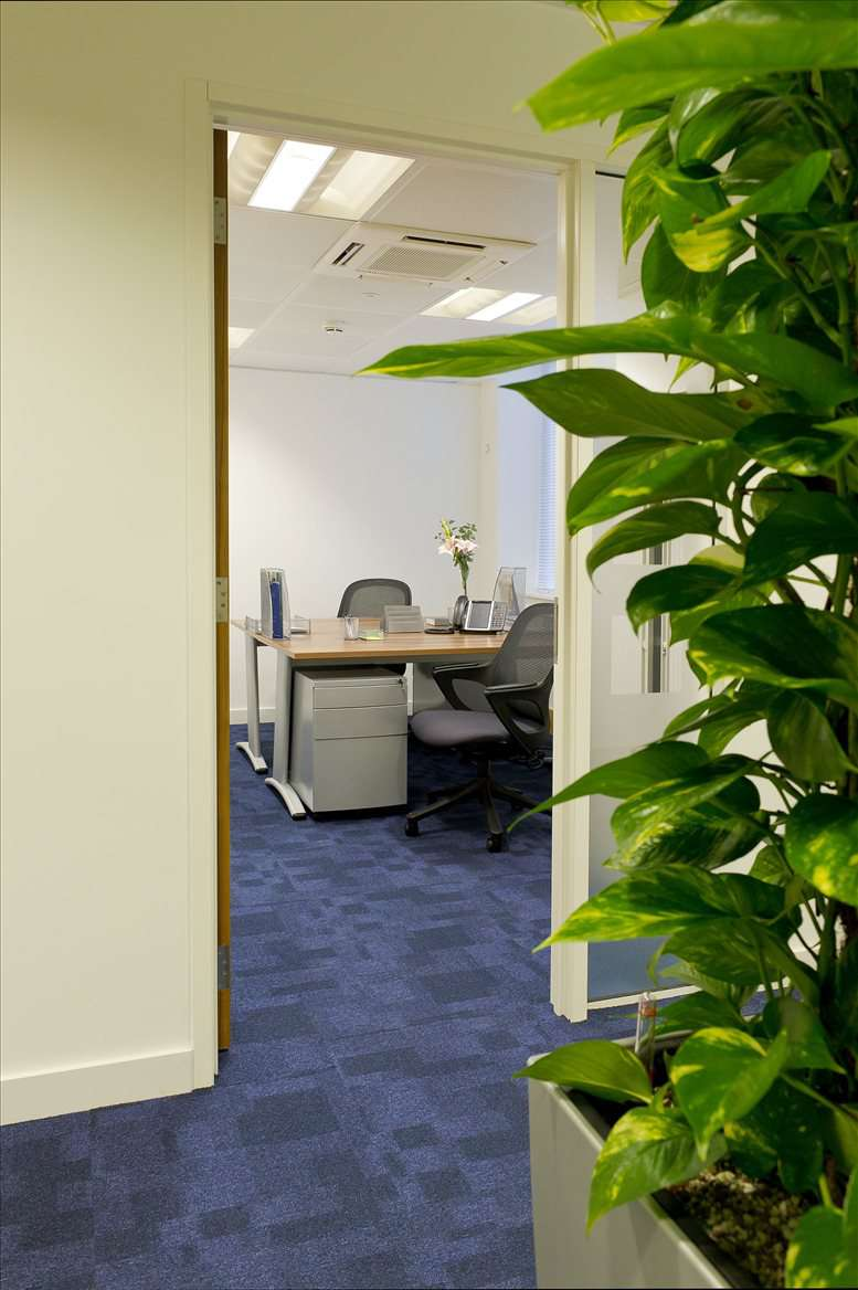 Photo of Office Space available to rent on 17 Hanover Square, Mayfair, Oxford Street