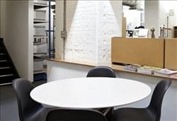 Rent Farringdon Office Space on 14 Rosebery Avenue, Central London