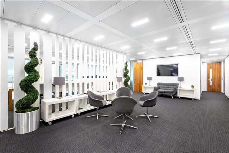 Rent Fenchurch Street Office Space on New London House, 6 London Street