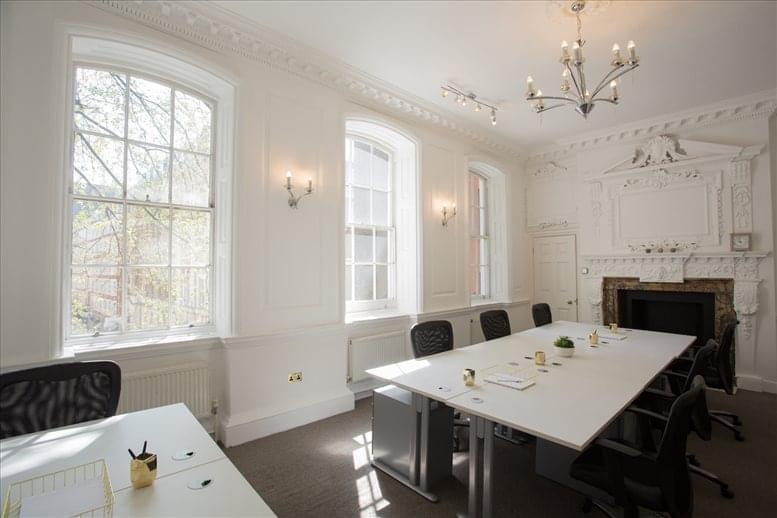 Office for Rent on 28 Queen Street, Central London The City