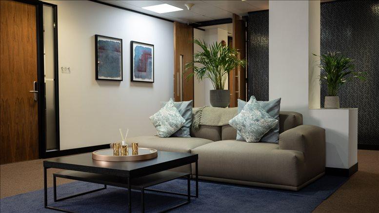 Bank Office Space for Rent on Birchin Court, 20 Birchin Lane, City of London