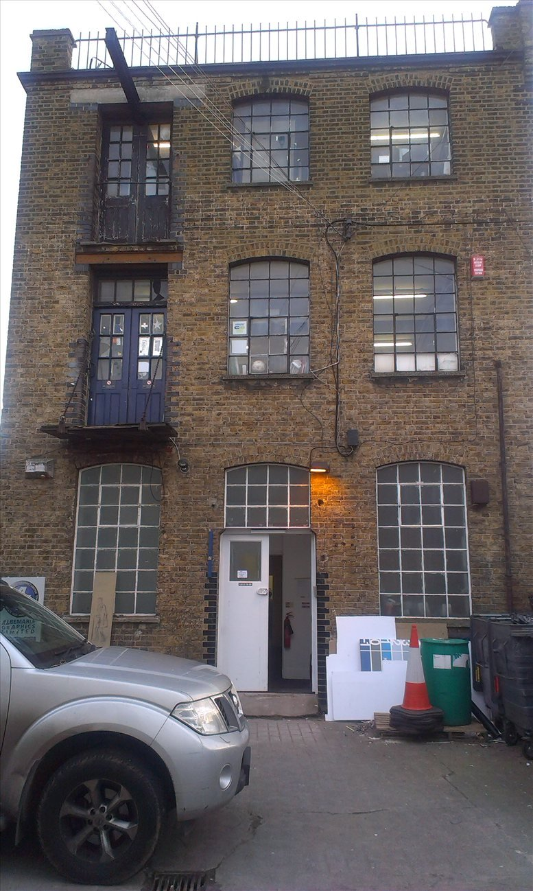 35 Astbury Road available for companies in Peckham