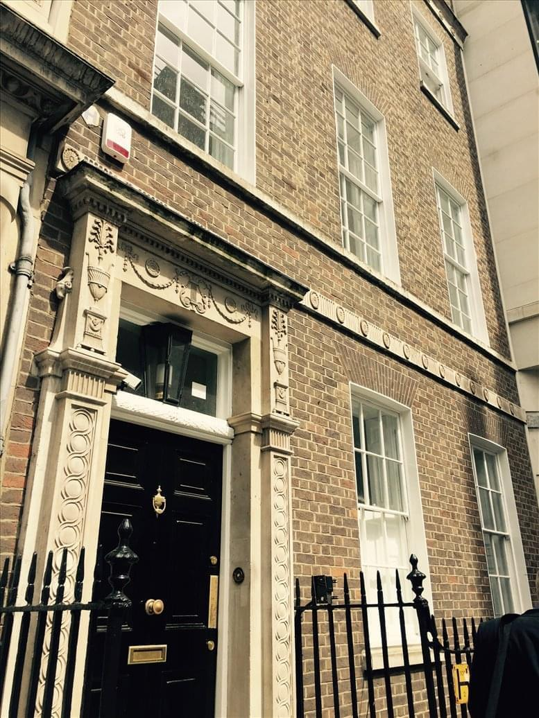 11 Golden Square available for companies in Soho