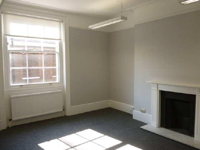 Office for Rent on 32 Bedford Row, Holborn Chancery Lane