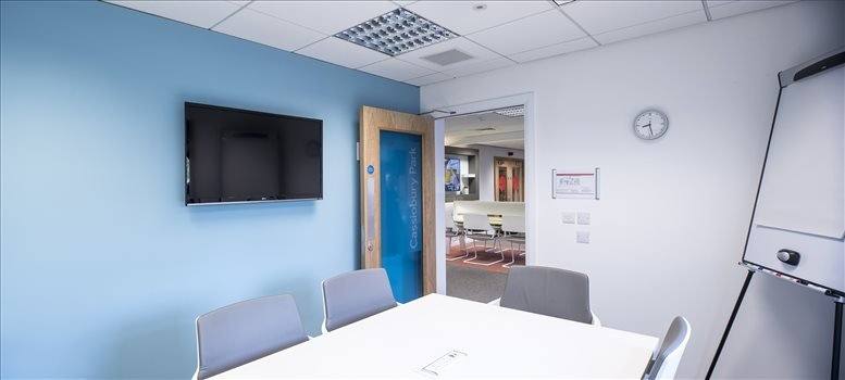 Office for Rent on Hilton Hotel, Elton Way Watford