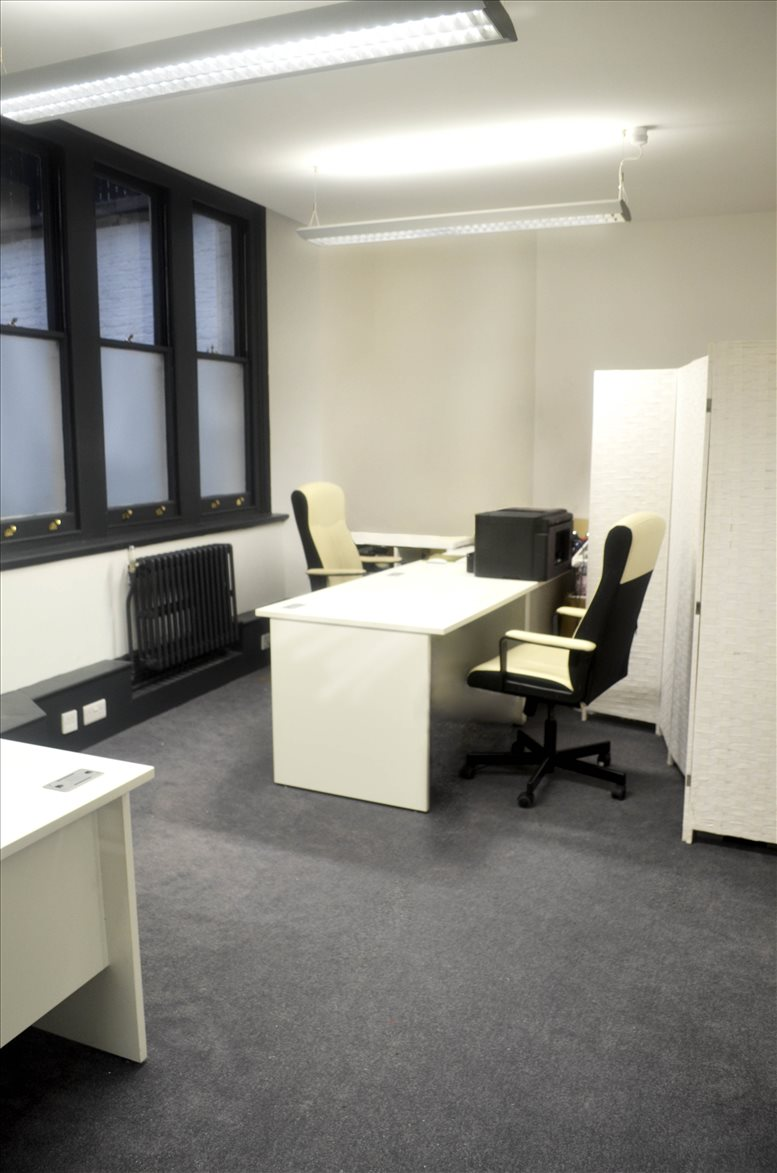 Photo of Office Space on Six Lloyd's Avenue, City of London Fenchurch Street