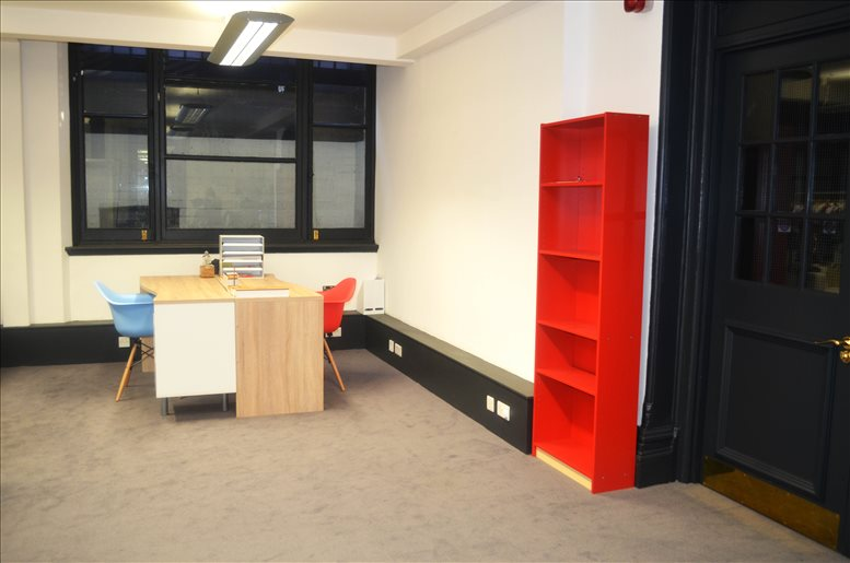 Picture of Six Lloyd's Avenue, City of London Office Space for available in Fenchurch Street