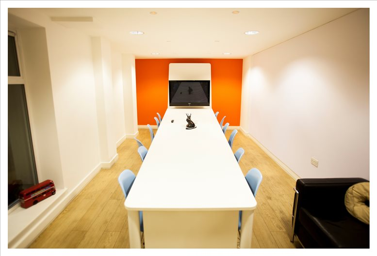 Image of Offices available in Clerkenwell: 1 Clerkenwell Green, London