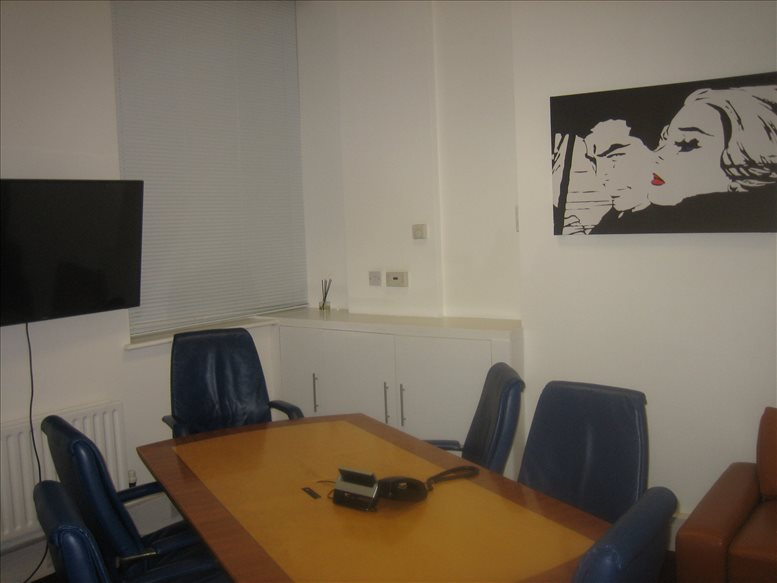 76 Watling Street, City of London available for companies in Cheapside
