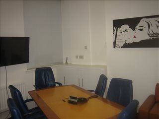 Photo of Office Space on 76 Watling Street, City of London - Cheapside