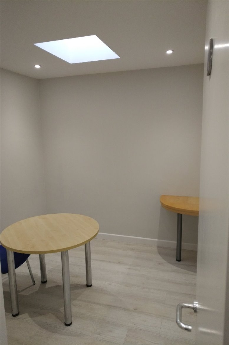 Image of Offices available in Hammersmith: Cambridge Court, 210 Shepherds Bush Road, Hammersmith