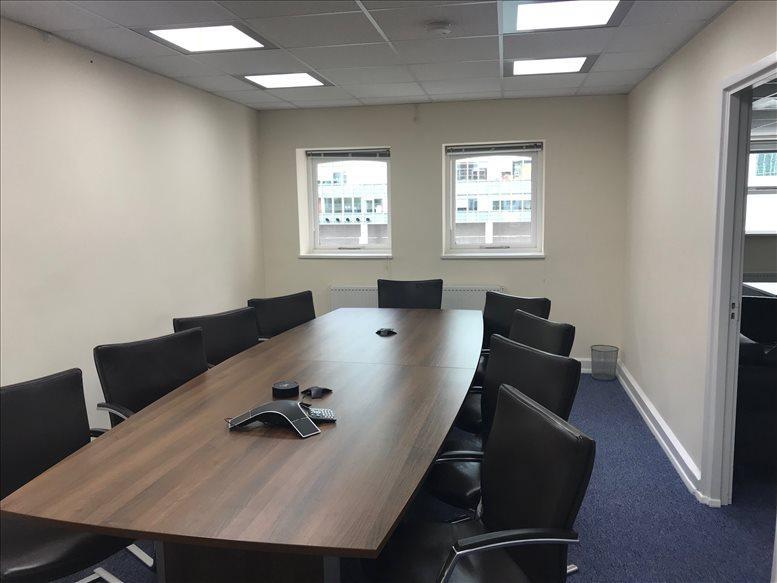 Cochrane House, Admirals Way, Isle of Dogs available for companies in Canary Wharf