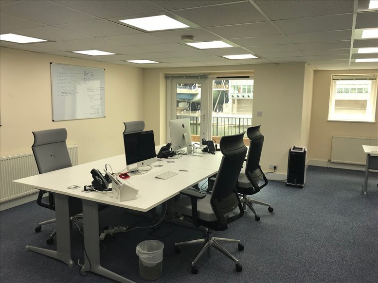 Cochrane House, Admirals Way, Isle of Dogs Office for Rent Canary Wharf
