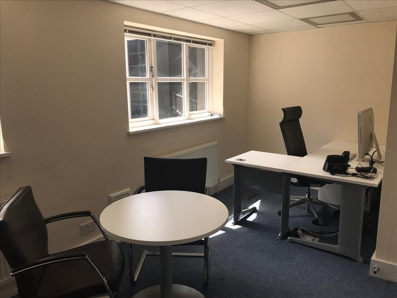 Office for Rent on Cochrane House, Admirals Way, Isle of Dogs Canary Wharf