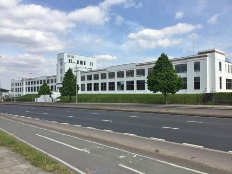 981 Great West Road, Brentford available for companies in Brentford