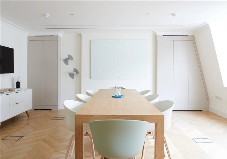 Picture of Aspen House, 25 Dover Street Office Space for available in Mayfair