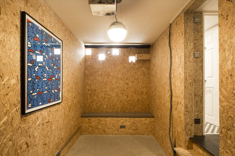 Image of Offices available in Hoxton: 92 Hoxton Street