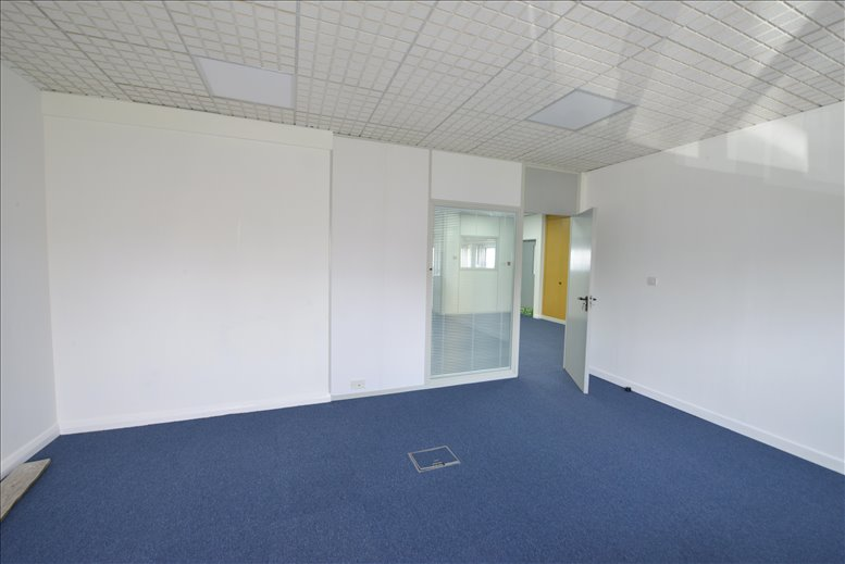 Photo of Office Space on 31 Metro Centre, Dwight Road, Tolpits Lane Watford