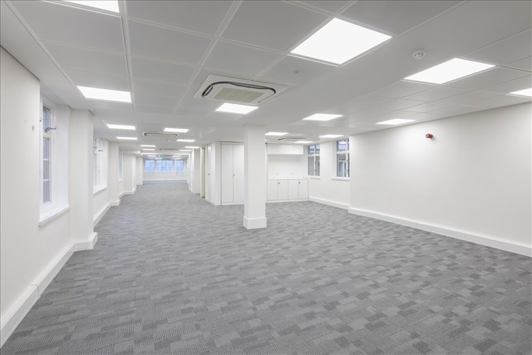 Office for Rent on 15 Basinghall Street, City of London Bank