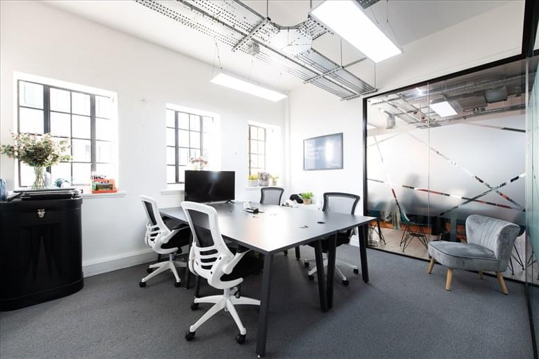 Photo of Office Space on 29-31 Euston Road, Kings Cross, NW1 2SD - NW1