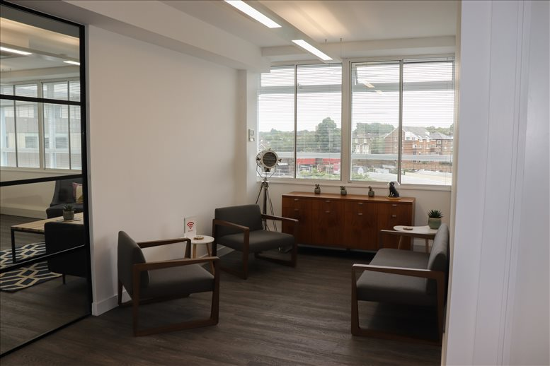 Kew Road available for companies in Richmond