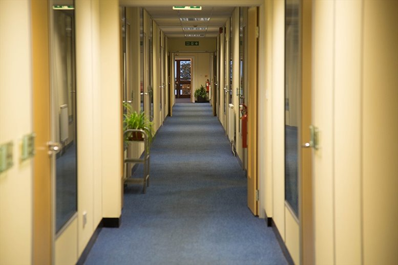 Rent Barnet Office Space on Stirling Way, Borehamwood