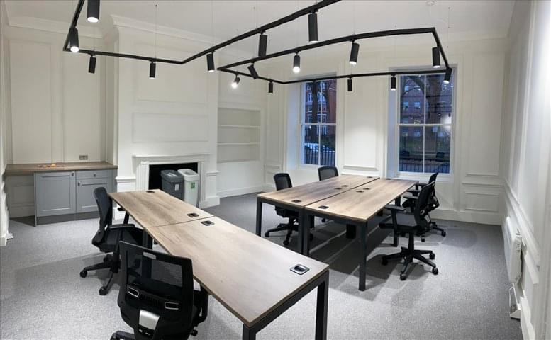 Rent Holborn Office Space on 14-17 Red Lion Square, London