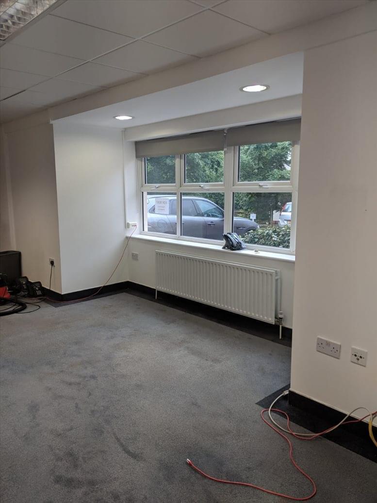 Photo of Office Space on Moon Lane, Barnet Barnet