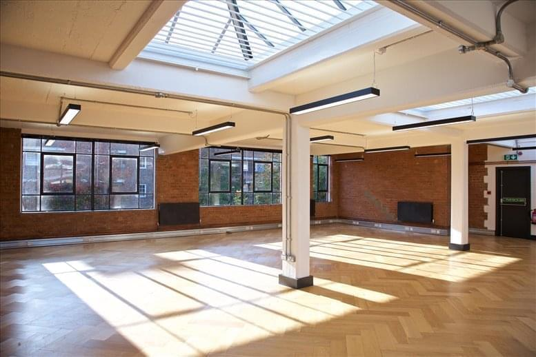 Image of Offices available in Islington: The Ivories, 6-18 Northampton Street, Canonbury