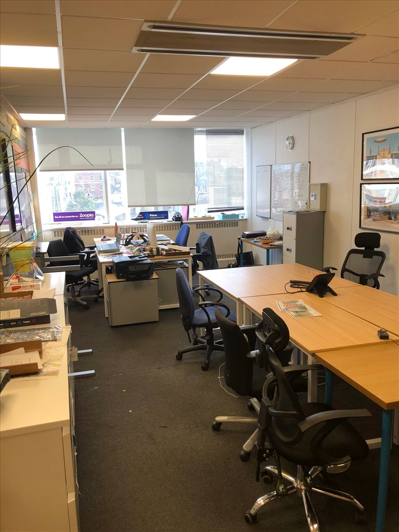 Rent Notting Hill Office Space on 43-45 Notting Hill Gate, West London