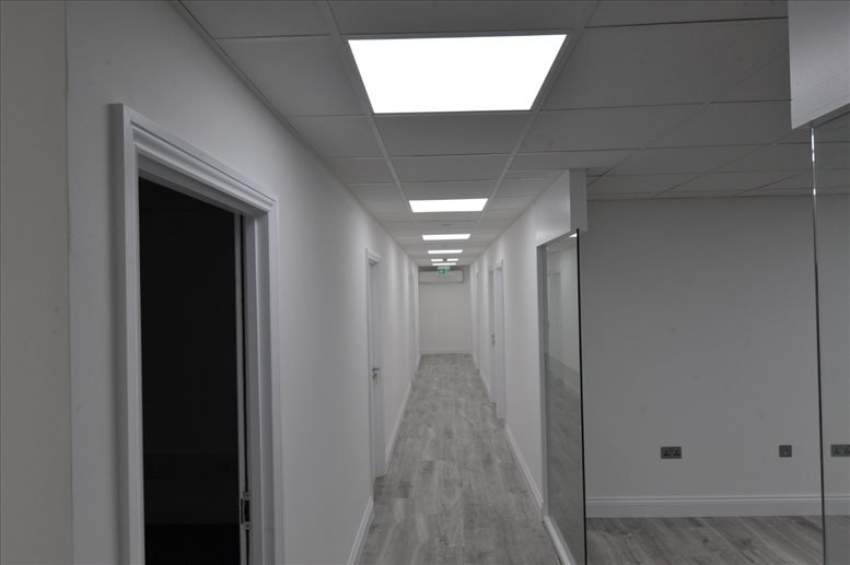 18-20 Commercial Way Office Space Park Royal