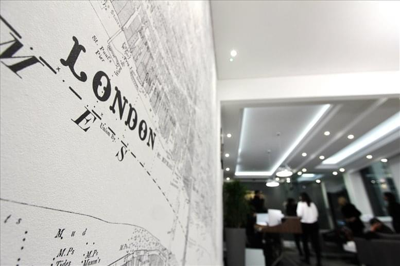Photo of Office Space on 1 Royal Exchange Avenue, City of London Bank