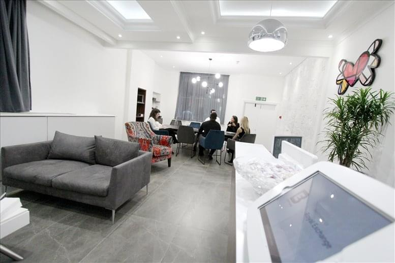 Picture of 1 Royal Exchange Avenue, City of London Office Space for available in Bank