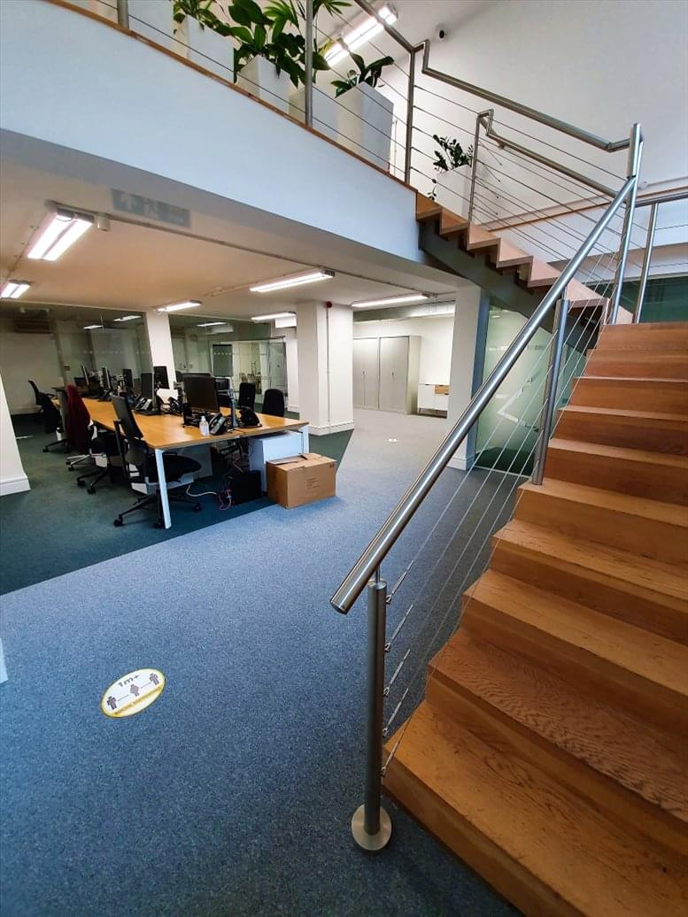 Rent Old Street Office Space on 50 Featherstone St