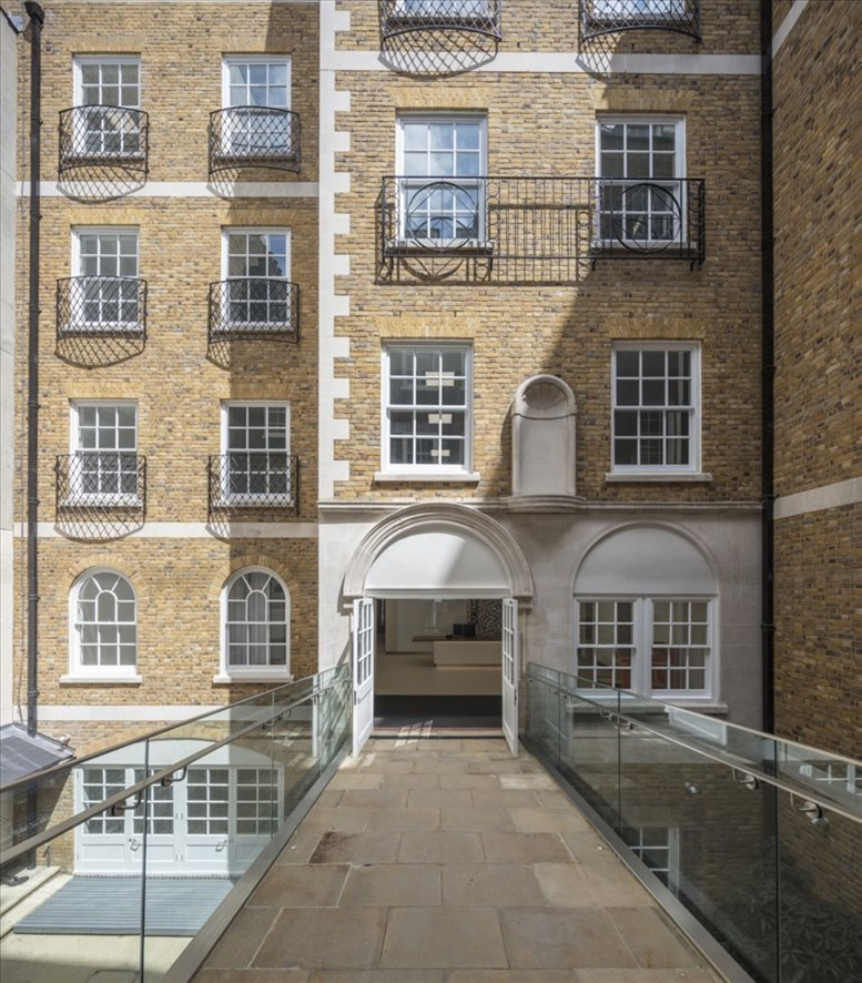 42 Trinity Square available for companies in Fenchurch Street