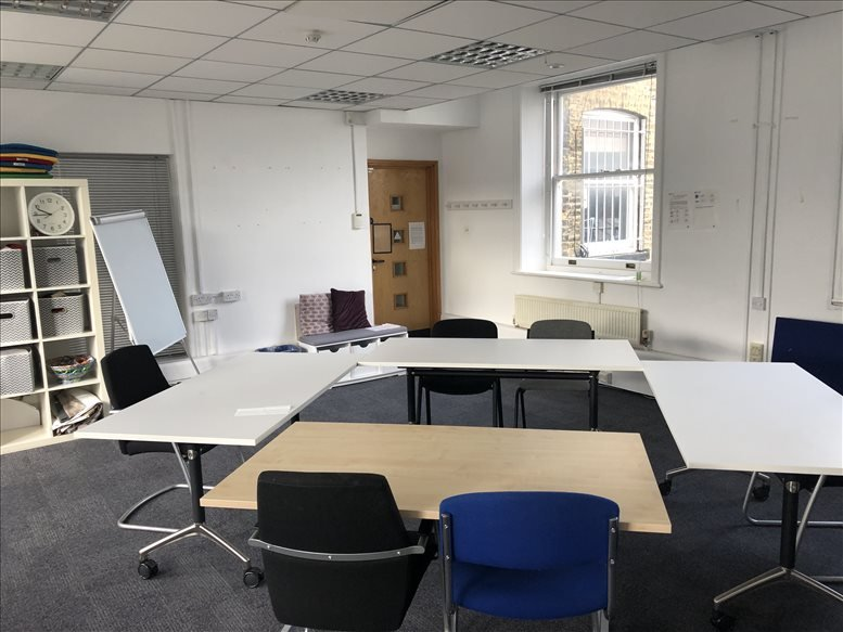 Rent Holloway Office Space on 356 Holloway Road