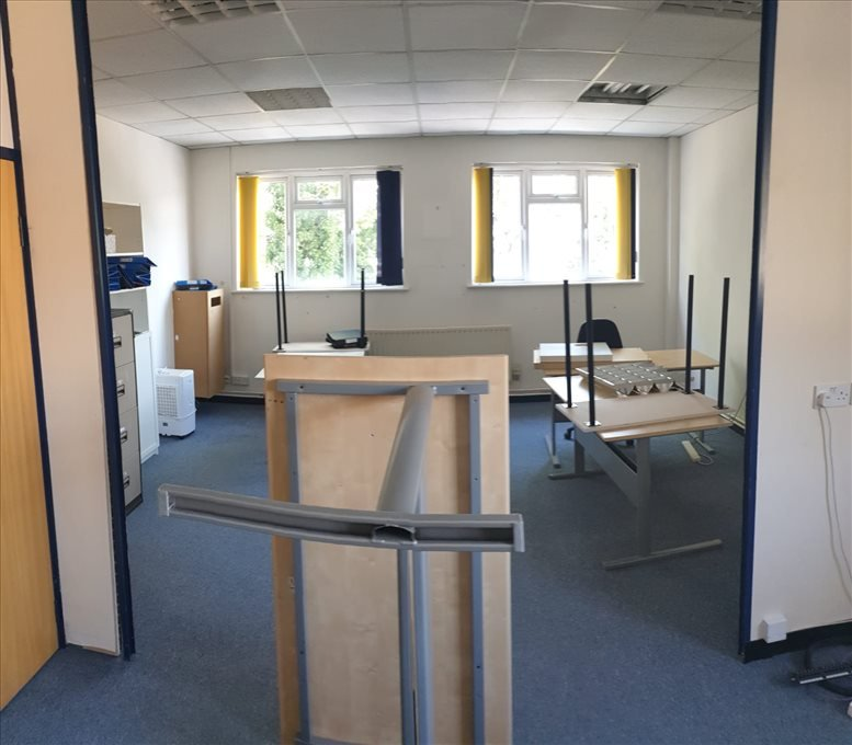 292 Worton Road, Isleworth available for companies in Brentford
