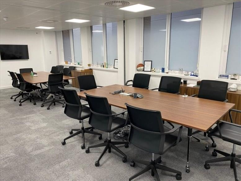 Photo of Office Space on 36 Broadway, Westminster St James's Park