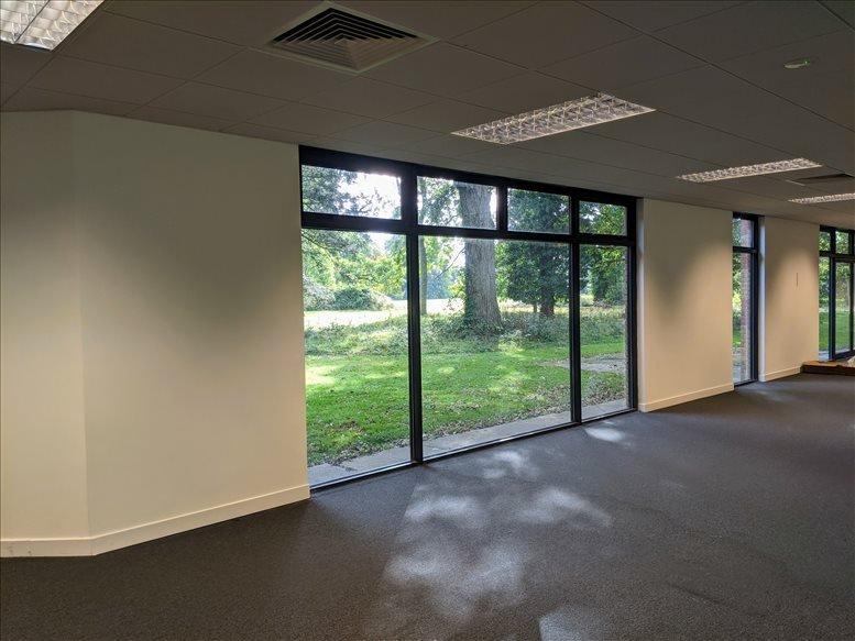Milton Rd, Ickenham, Uxbridge Office for Rent Ruislip