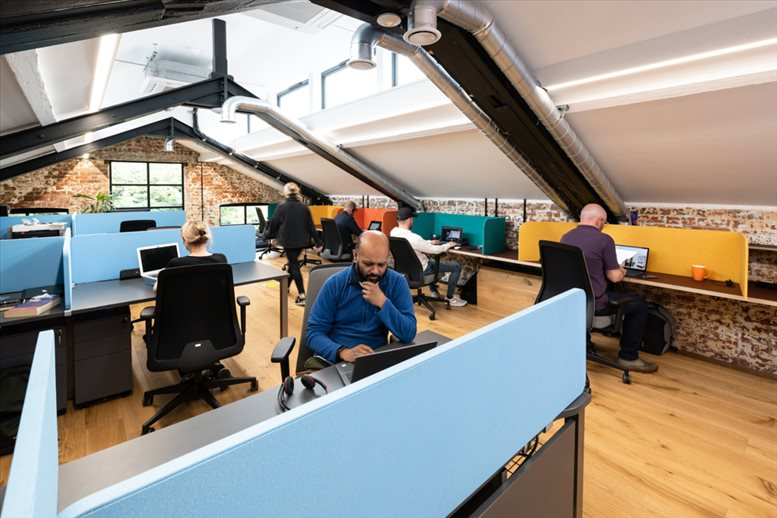 Image of Offices available in Watford: 1a Stonecross, St Albans