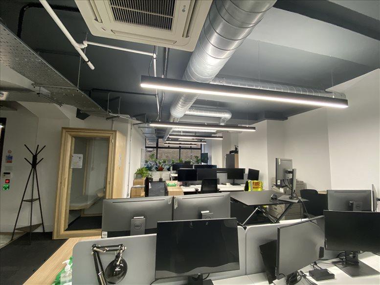 Photo of Office Space on 18-20 Farringdon Ln, Farringdon Clerkenwell