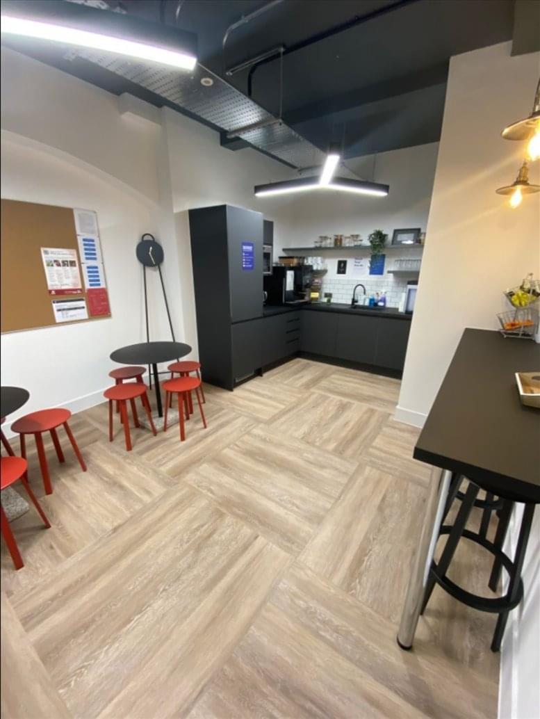 Clerkenwell Office Space for Rent on 18-20 Farringdon Ln, Farringdon