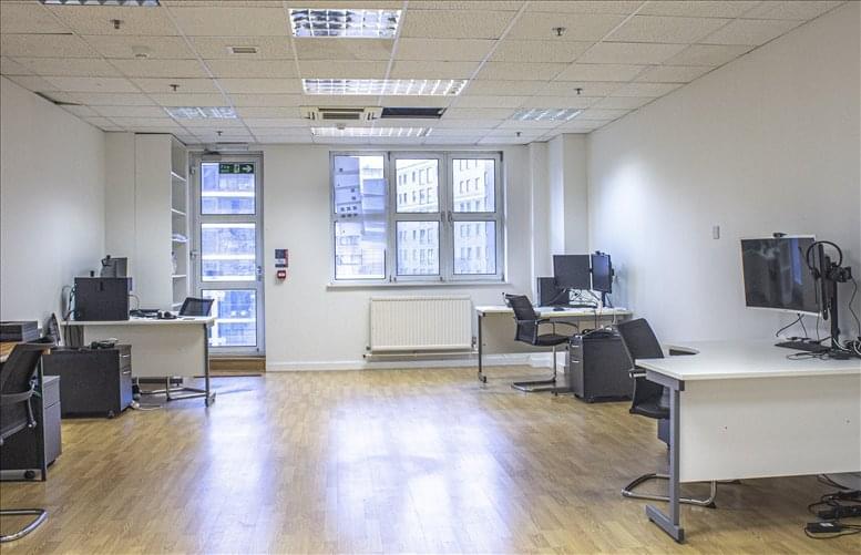 Rent Battersea Office Space on Harbour Yard, Chelsea Harbour