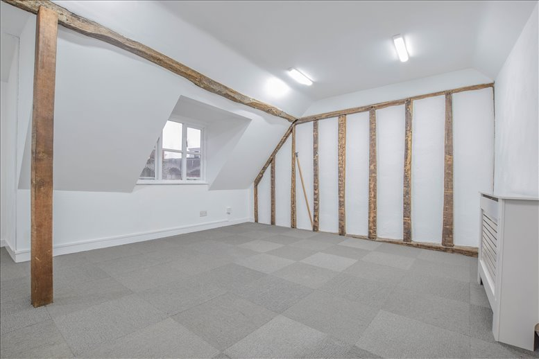 Rent Loughton Office Space on 27 A Fore St