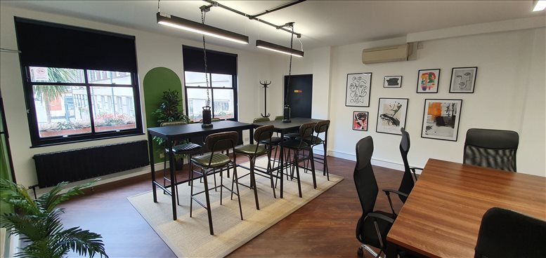 Picture of 8 Coldbath Square Office Space for available in Finsbury